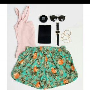 Pants - Pineapple shorts🌸