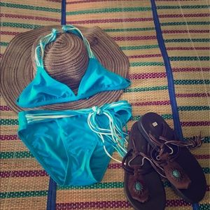 Other - ☀Flash ️SALE Tropical turquoise halter bikini