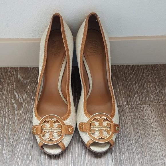 fbe607663bda Tory Burch Amanda open toe wedge sandals. M 593072ebf092829fab0034ad