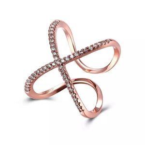 Jewelry - Rose Gold Crisscross Ring