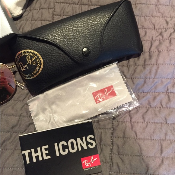 Ray-Ban Accessories - NWT rose gold ray bans
