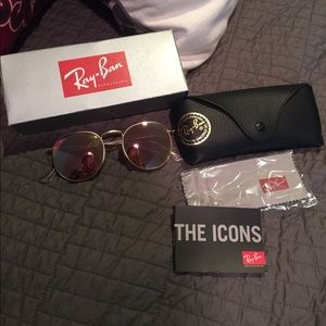 NWT rose gold ray bans