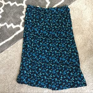 Sharon Anthony Skirts - Stretchy Floral Skirt w/Decorative Buttons