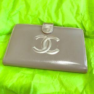 CHANEL Handbags - Chanel wallet