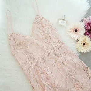 JOA  Dresses & Skirts - JOA lace midi dress