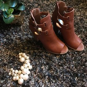 G by Guess Shoes - 🔥Brown Ankle Booties With Open Toe 🔥