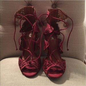 Schultz Shoes - Brand-new lace up Schultz Heels