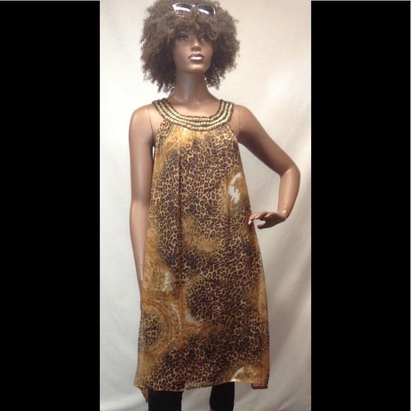 Gabrielle Dresses & Skirts - NEW Dress