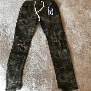 American Bazi Pants - Camo joggers. American Bazi