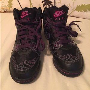 Nike Shoes - Nike Air Like New hightops black and purple