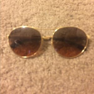 Tory Burch sunglasses no case 100% authentic