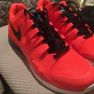 Nike Vapor Tour 9.5