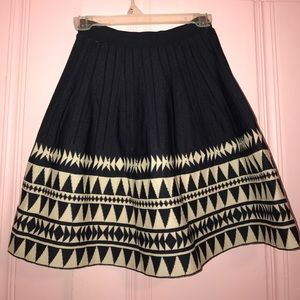 Aina Be Dresses & Skirts - NEW Stretchy Flare Skirt