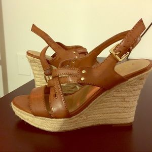 Shoes - Brown wedge sandals