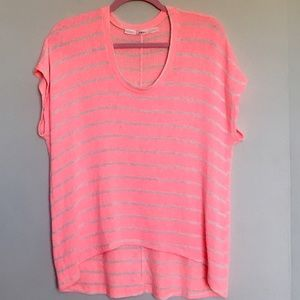 Gibson Tops - Gibson Nordstrom Vibrant Pink Oversized Top Med