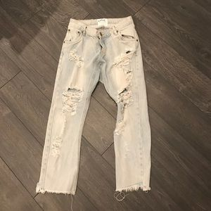 One Teaspoon Distressed Boyfriend Jeans Size 27