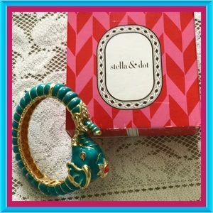 Stella & Dot Teal Elephant Bracelet