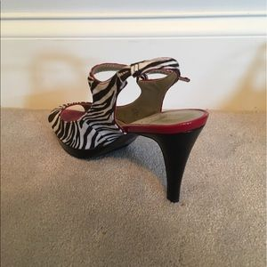 Unisa Shoes - Zebra Striped Open Toe Heels with Red Accent