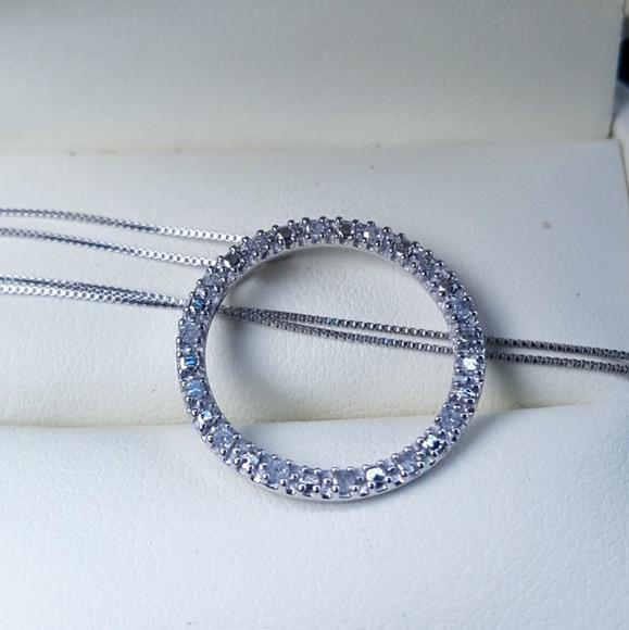10 000 Up Diamond: 10k White Gold Diamond Eternity Necklace