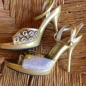 Guess Shoes - Guess gold & white heels