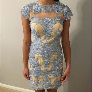 Angela & Alison Dresses & Skirts - Homecoming dress