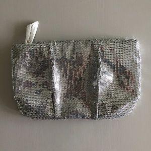 Steve Madden Handbags - Like 🆕 Steve Madden sequin clutch purse