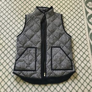 Jackets & Blazers - J.Crew Herringbone Vest Medium