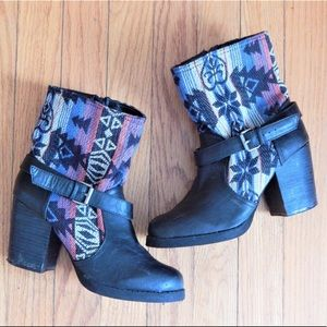 Aztec Black Heeled Boots Sz 7