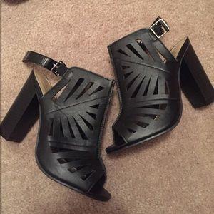 Adrienne Shoes - Bootie heels