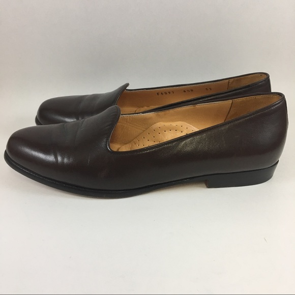 ef2bd0a8ea1 Cole Haan Women's Shoes Brown Loafers Sz 6.5 Italy