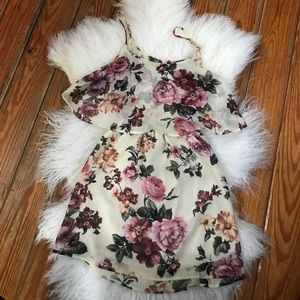 GREAT CONDITION// Floral Mini Dress