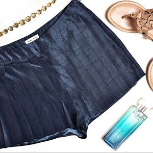 Urban Outfitters Eloise Skort by Silence + Noise