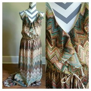 Sugar Lips Dresses & Skirts - BoHo CHEVRON RUFFLE MAXI DRESS W/ DRAWSTRING