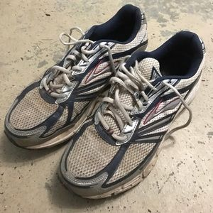 Brooks Other - Men's Brooks Defyance 3 Athletic Sneakers
