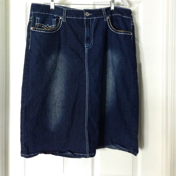 jean denim skirt midi size 20 20 from autumn s closet on