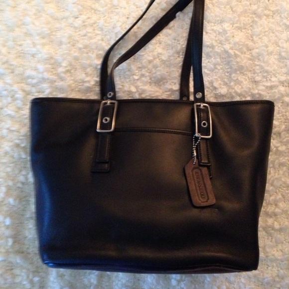 c569a0274ea3d Coach Handbags - Vintage Coach Black Medium West Market Tote