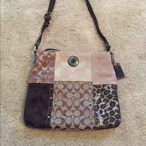 Like new! Authentic Coach crossbody purse