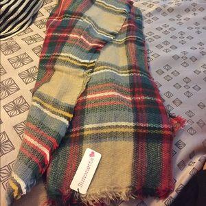 Simonetta Accessories - Plaid blanket scarf