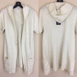 Katherine Barclay Sweaters - NWT Katherine Barclay hooded sweater tunic open