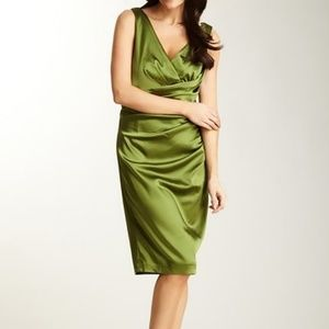 🖤Suzi Chin🖤Green satin side ruched dress