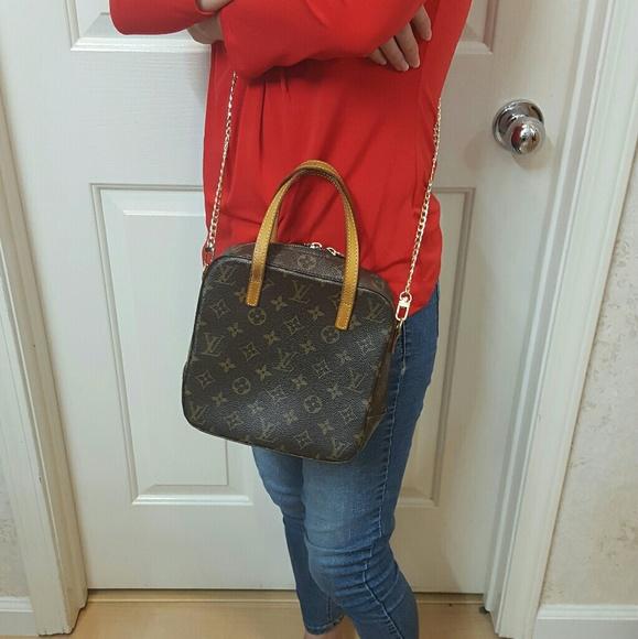 b4fc0e42cbde Louis Vuitton Handbags - Authentic Louis Vuitton Spontini bag