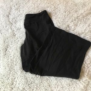 Adidas Capri yoga pants size medium