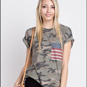 12 Pm By Mon Ami Tops - LAST ONE❗️Vintage inspired Camo top