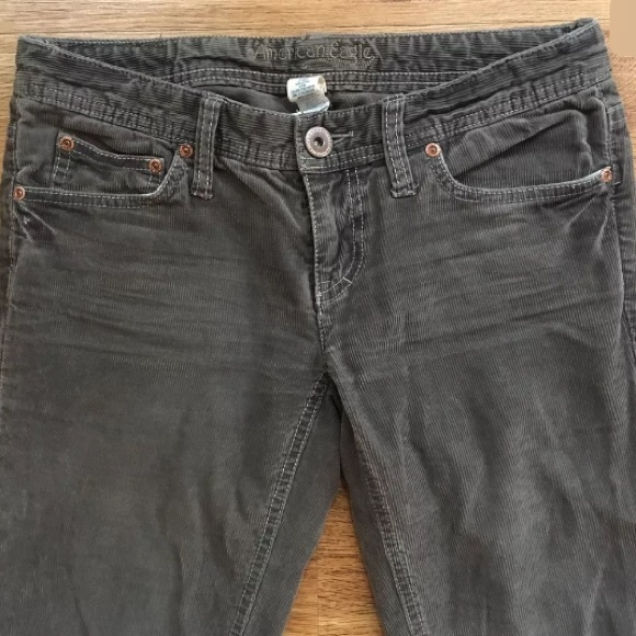 American Eagle corduroy shorts - Light Brown distressed corduroy Size 2, fits like a 4.
