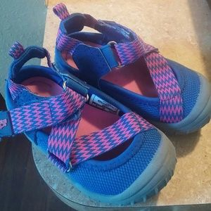 Toddler girl sandal sneakers