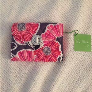 NWT Your Turn Smartphone Wristlet Cheery Blossoms