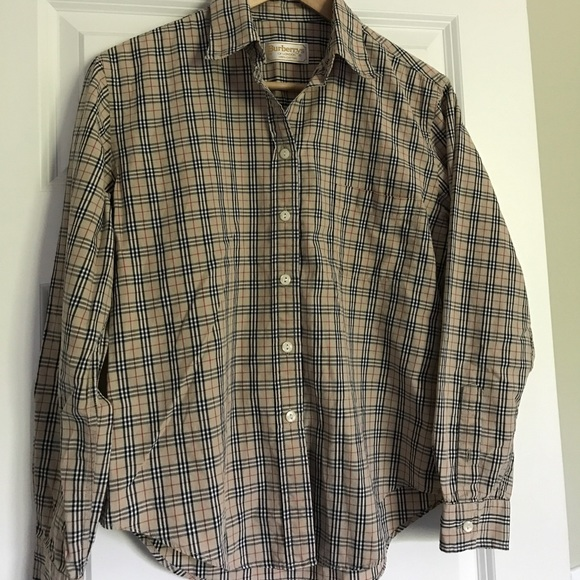 AUTHENTIC Burberry button-up!