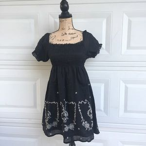 Dresses & Skirts - SALE Babydoll dress size L black