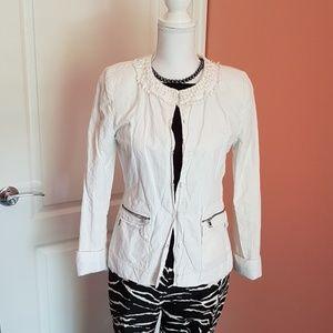 T Tahari Jackets & Blazers - T Tahari blazer in white