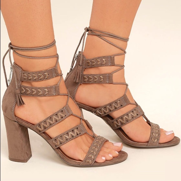 e595c1a054d Lace Up Whipstitched Gladiator Boho Sandals NWT